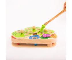 Dřevěná hračka Lucy&Leo Board Game Caterpillars