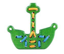 Dřevěná hračka přešívanka Lupo Toys Pirate Boat