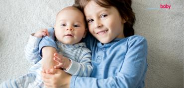 Jak předejít žárlivosti staršího sourozence podle věku.