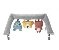 Hračka na lehátko textilní zvířátka BabyBjörn Soft Friends