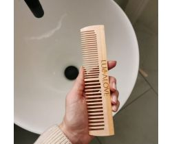 Lullalove Dřevěný hřeben - nejen k olejování vlasů